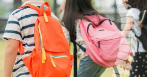 ใช้กระเป๋าเป้ไม่ให้ปวดหลัง_003-768x402